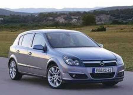 Opel Astra de inchiriat